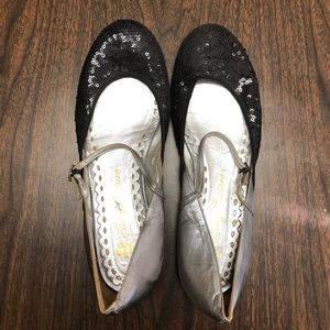 Juicy Couture Sequin Mary Janes Size 40